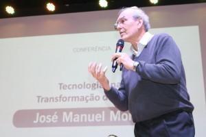 Utilização das tecnologias nos processos de aprendizagem - IV Congresso de Educação Notre Dame (1)